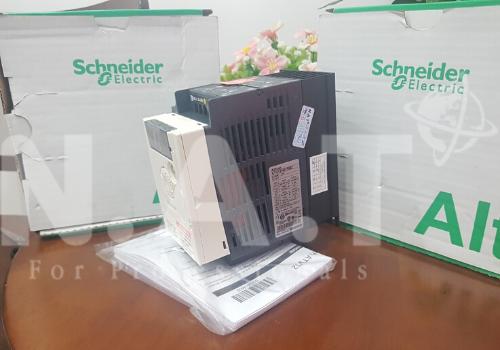 Biến tần Schneider ATV12
